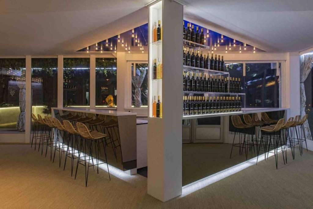 Mouton Cadet Wine Bar-5